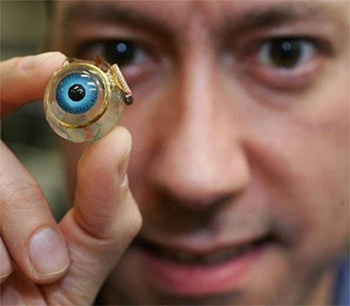 Бионические глаза.
