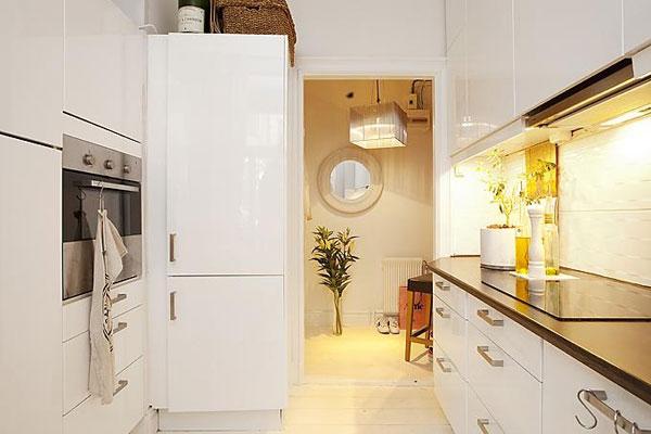 Размещение плиты на маленькой кухне
