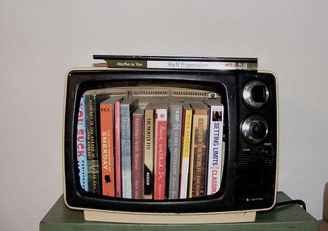 25 идей, как сделать книжную полку