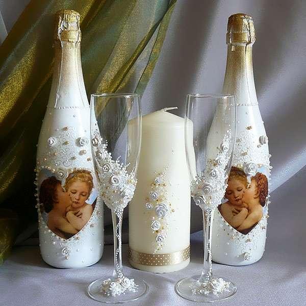 Декупаж бутылок своими руками на 8 марта или свадьбу