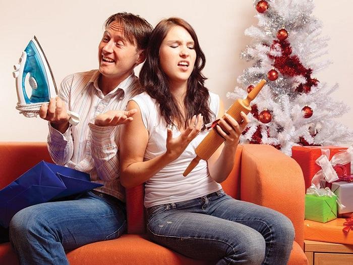 На праздники часто дарят ненужные вещи. / Фото: infpol.ru