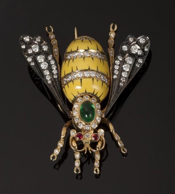 4.Брошь -Пчела-. Золото, бриллианты, РёРСѓРјСЂСѓРґ  (600x665, 190Kb)