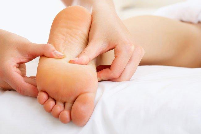 Картинки по запросу лечебный массаж стоп