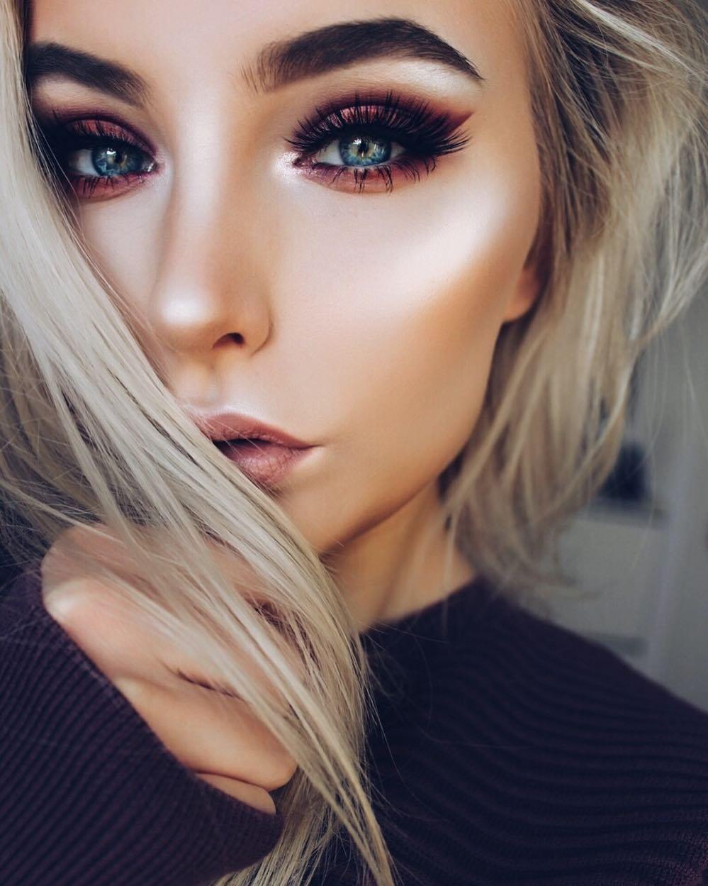 Смотреть 34 неотразимые идеи макияжа для встречи Нового года 2019 видео