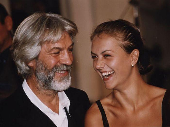 Борис Хмельницкий с дочерью Дарьей. / Фото: www.mk.ru