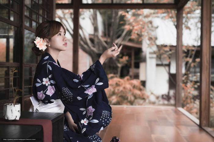 Для обозначения своего традиционного наряда сами японцы чаще используют слово «Вафука»