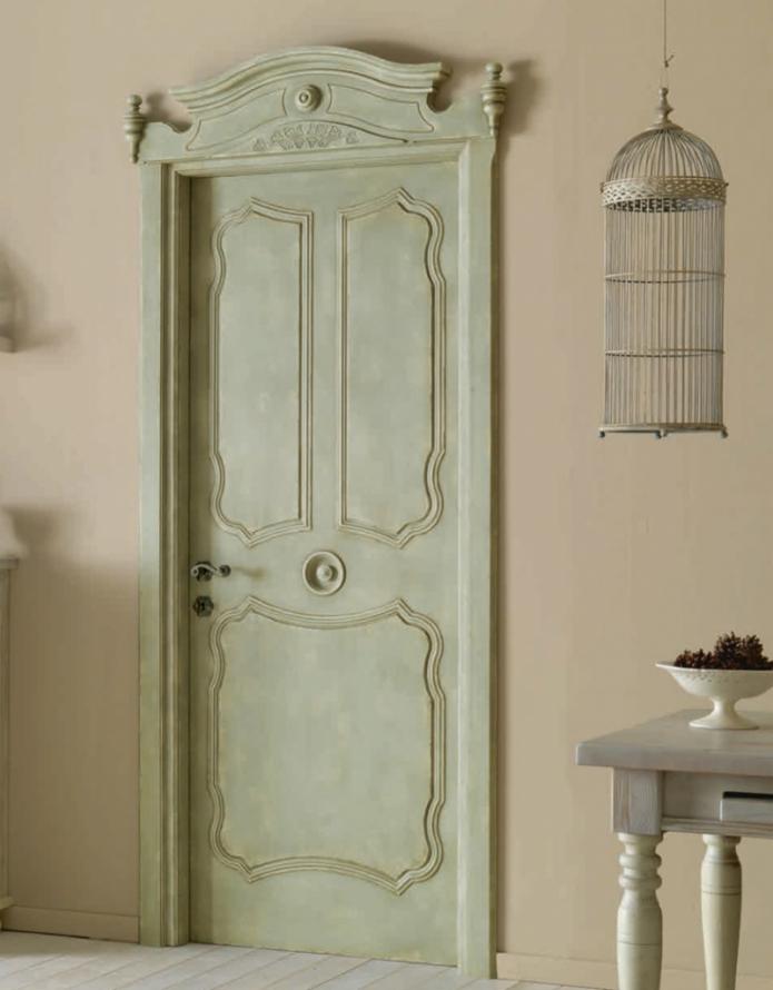 зеленые межкомнатные двери