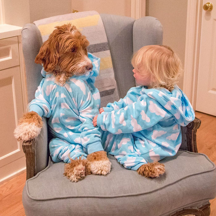 Мне нравится твоя пижама.  Instagram reagandoodle.