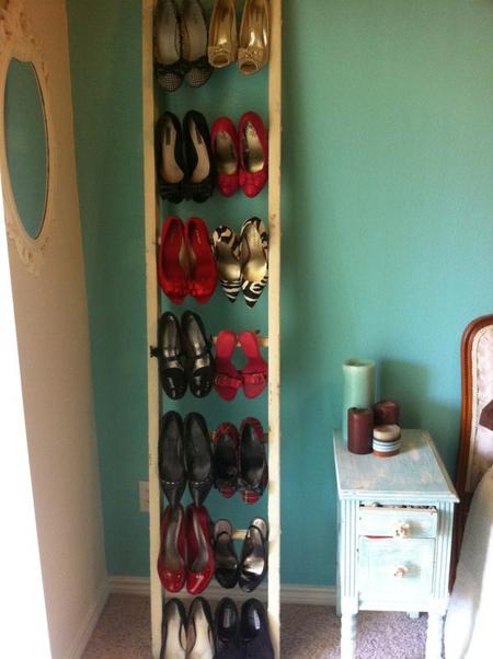 5 способов разместить летнюю обувь на время холодов фото 4