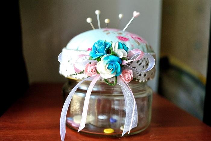 Милая игольница, сделанная своими руками. / Фото: knittochka.ru