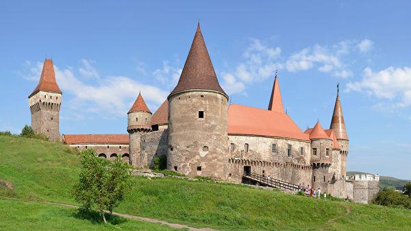 Замок Корвинов, предположительное место заточения Влада Цепеша.