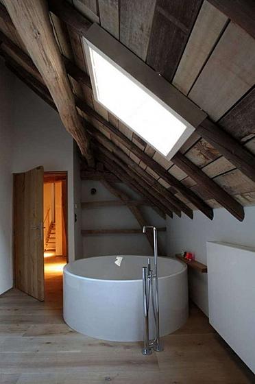 Пора что-то менять: 10 круглых ванн - фото 10