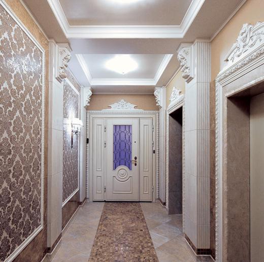 Колонны и дверные порталы из лепнины