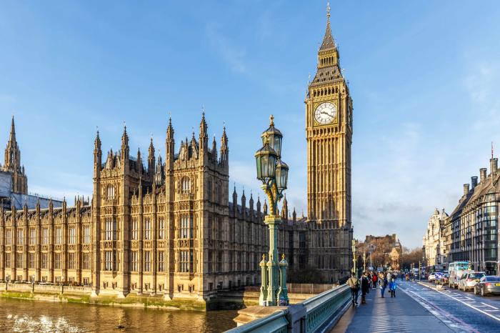 Одна из самых красивых и старых башен в мире.
