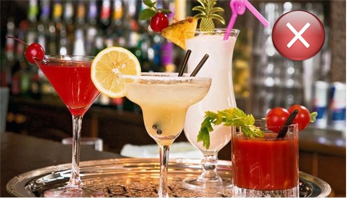 Каждый миллилитр алкоголя стоит в заведениях в 10-20 раз рыночной стоимости.