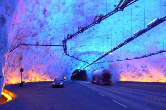 Самый длинный автомобильный тоннель.