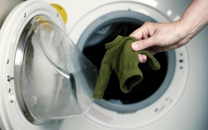 Есть решение и для тонких тканей или шерстяных вещей. /Фото: navseruki.guru