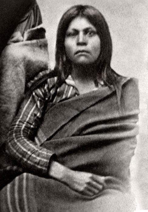 Есть версия, что это фотопортрет Хуаны-Марии.