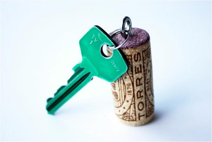 Непотопляемый брелок для ключей.