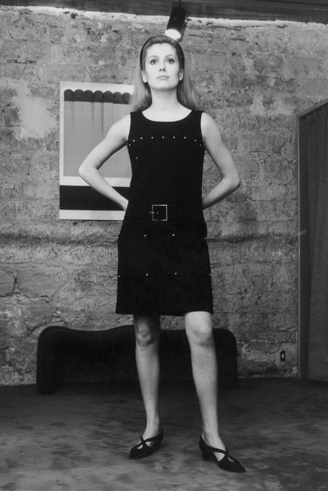 Эволюция маленького чёрного платья
