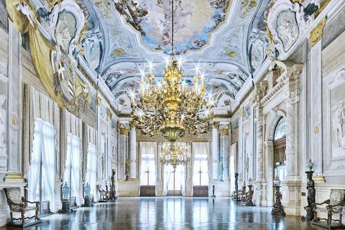 Дворец Ка' Реццонико, Венеция, Италия, 2012. Фотоцикл от Давида Бардни (David Burdeny)