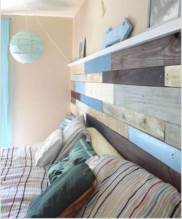Старые доски в интерьере спальни