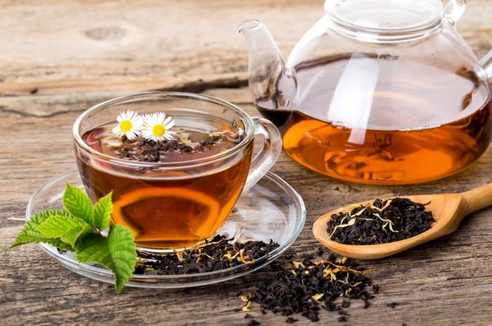 Крутой кипяток для чая - не лучший дуэт. /Фото: teapoetry.com