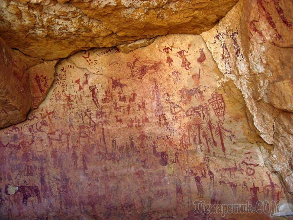 наскальные рисунки древних людей картинки