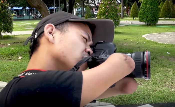Фотограф, не имеющий рук и ног, научился создавать восхитительные снимки Ахмад Сулкарнейн, без рук, в мире, люди, мужчина, сила воли, фотограф