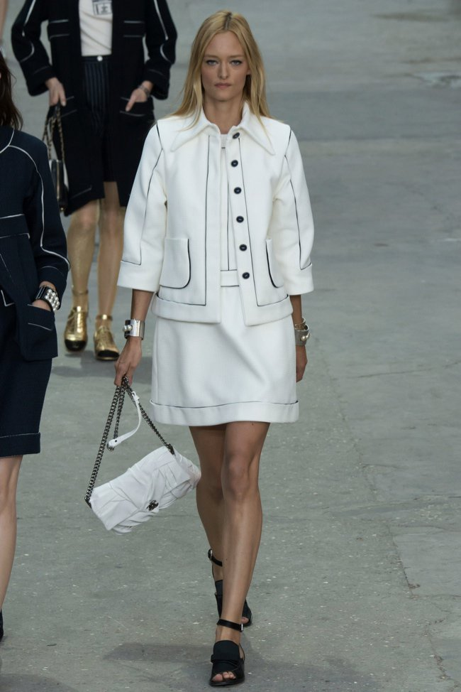 chanel-2015-spring-summer-runway34.jpg
