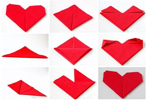 Складывание бумажной салфетки в виде сердца для сервировки стола