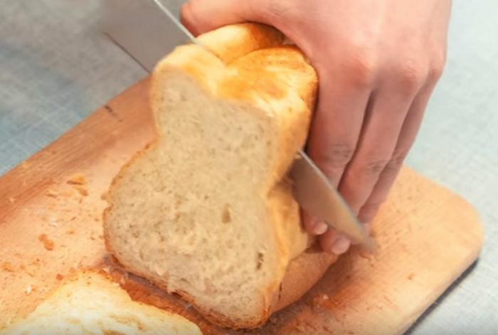 Картинка как резать хлеб про характер прикольные, завод