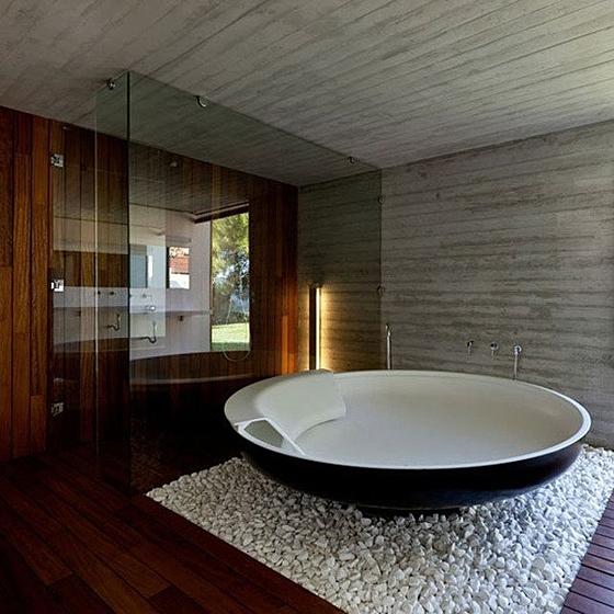 Пора что-то менять: 10 круглых ванн - фото 9