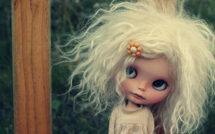 У блондинок больше волосы