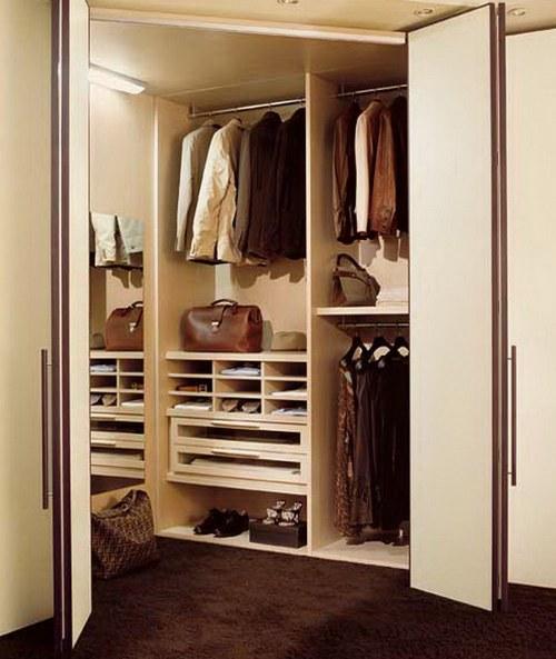 Складные двери-гармошка для гардеробной фото