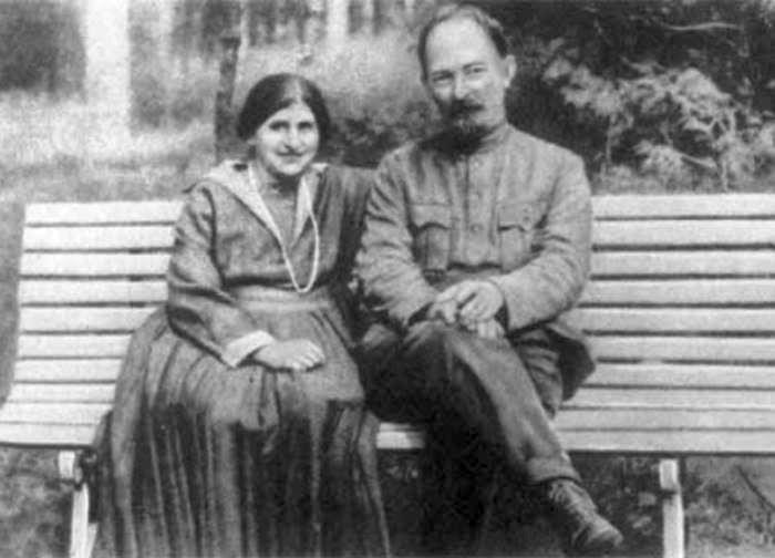 Феликс Дзержинский и Софья Мушкат. / Фото: www.aeternamemoria.ru