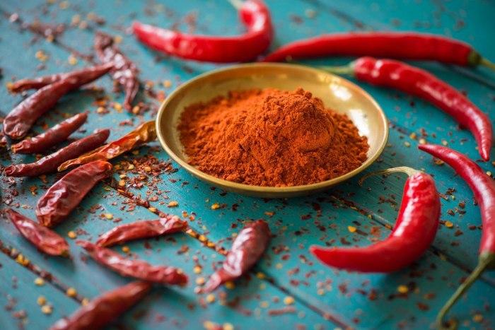 Полезных эффектов у перца очень много. /Фото: cs541608.userapi.com