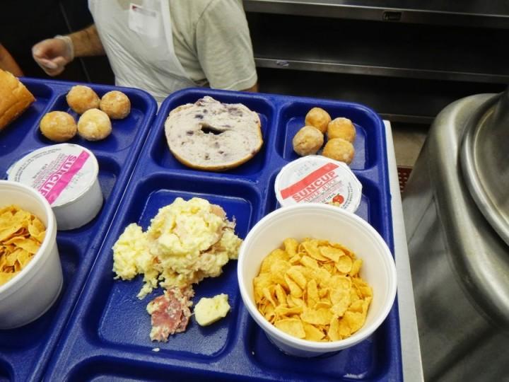 inshelter09 Завтрак в американском приюте для бездомных