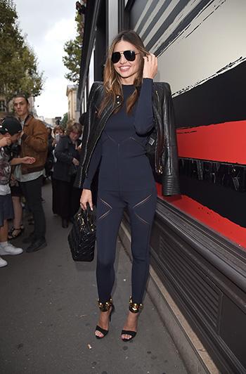 Жакет Balmain, сумка Christian Dior ибосоножки Giuseppe Zanotti