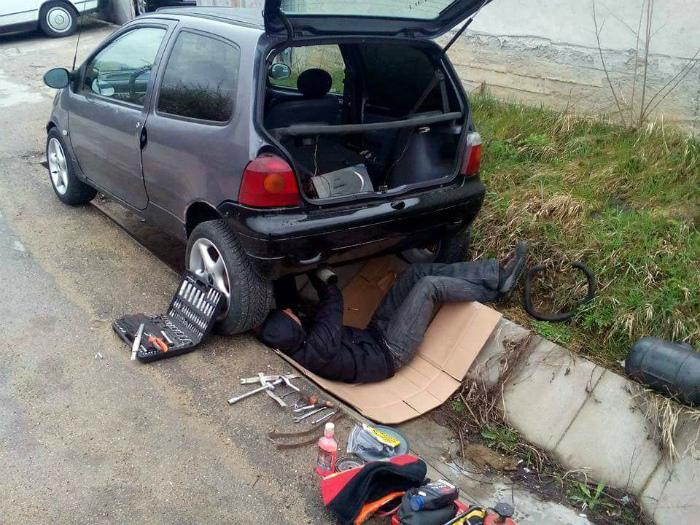 Ремонт автомобиля без ямы.