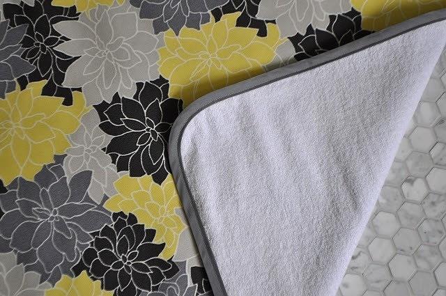 Коврики для ванной своими руками: 8 идей с инструкциями