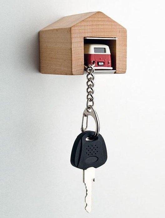Мини-гараж для ключей.