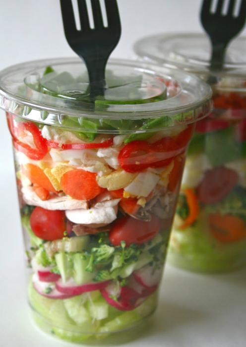 Контейнеры для салатов.