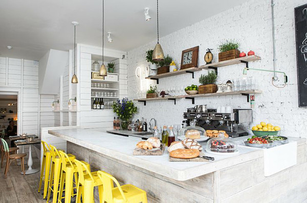 11 Rooms with Sunshine y Bright Spots in interior design  Category