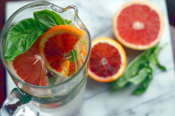 вода с грейпфрутом