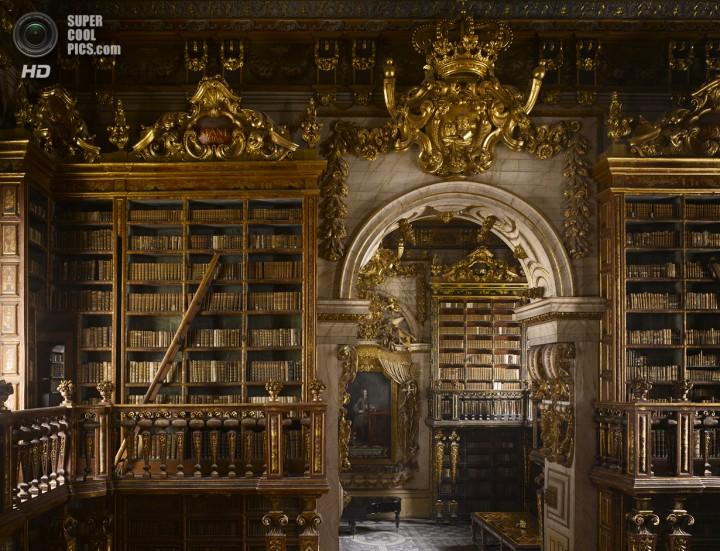 Португалия. Коимбра. Библиотека Жуанина. (Will Pryce)