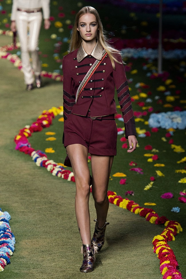 tommy-hilfiger-2015-spring-summer-runway-show05.jpg