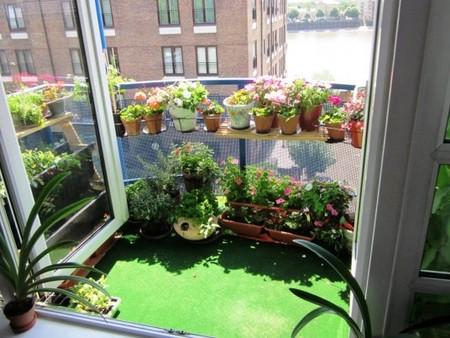 16 очаровательных сезонных идей для сада на балконе фото 12
