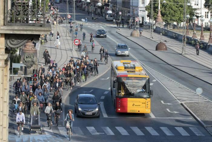 В Копенгагене доминируют велосипеды. /Фото: denmark.dk