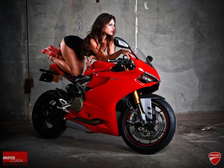 MotoCorsa19 Если бы мужики рекламировали мотоциклы